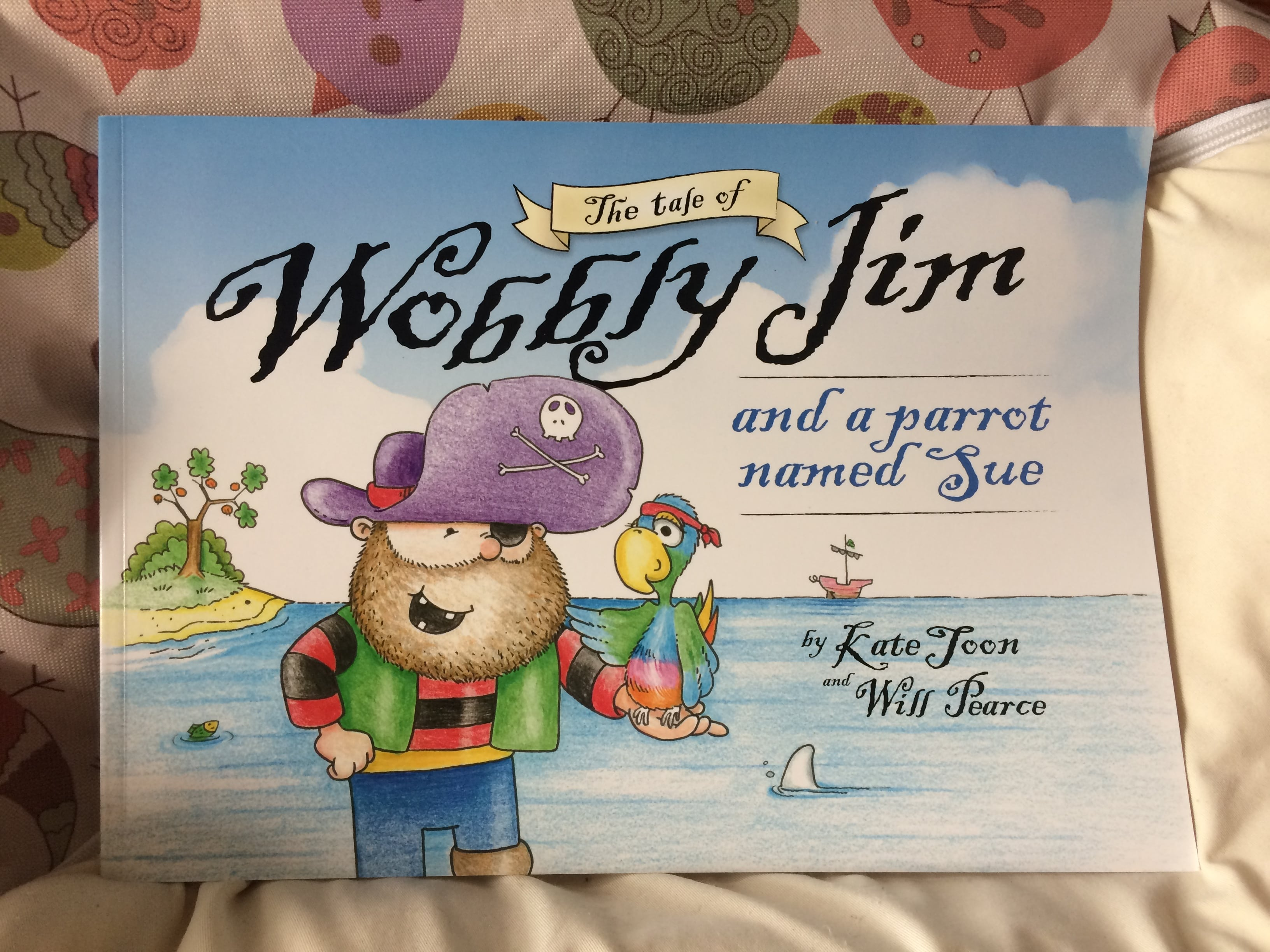 The Tale of Wobbly Jim and a Parrot Named Sue – Book Review